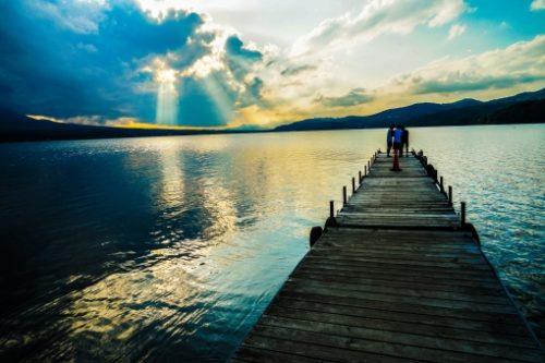 山梨県の湖