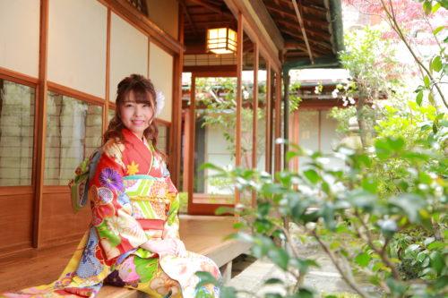 京都の町屋と女性